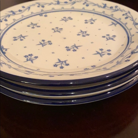 Set of 3 Provence 260 bouquet blue dishes.
